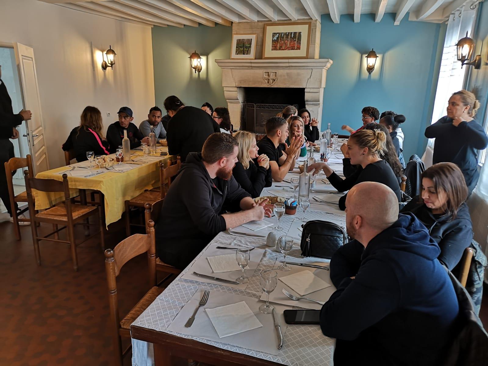 Repas participants du séminaire SNCF à côté de Compiègne