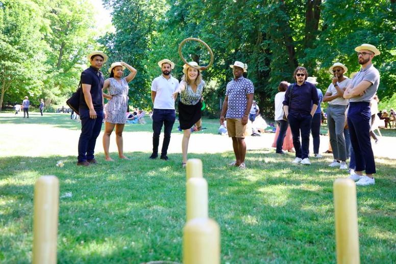 anneau lancé sur jeu de quilles organisé par l'agence événementiel THE BON SENS à Compiègne